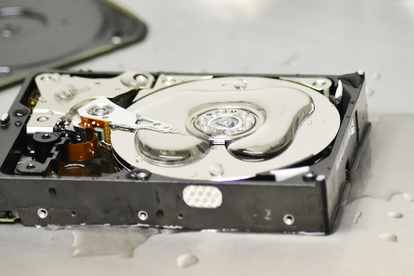 Destroy Hard Drive With Water Image - DD